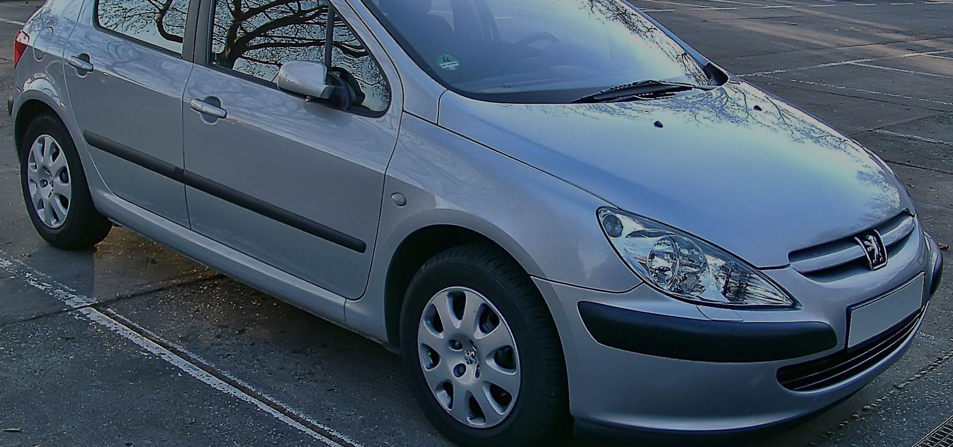Citroen & Peugeot Specialists
